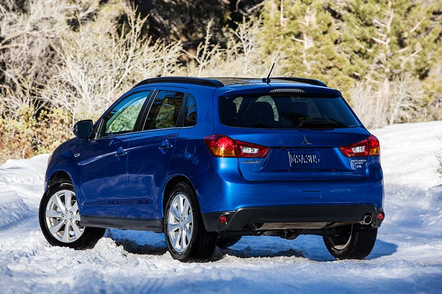 2015 mitsubishi outlander sport reviews specs and prices. Black Bedroom Furniture Sets. Home Design Ideas