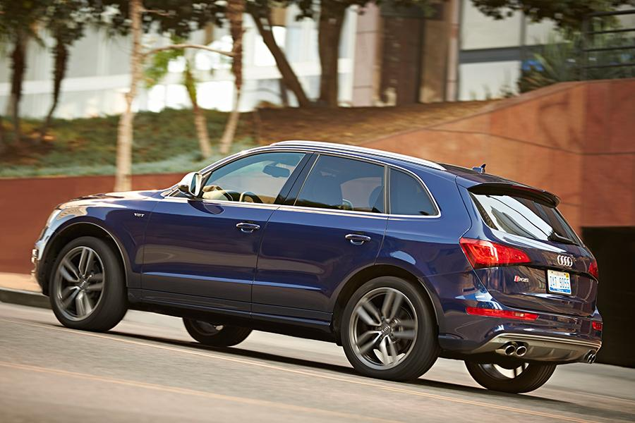 2015 audi sq5 reviews specs and prices. Black Bedroom Furniture Sets. Home Design Ideas