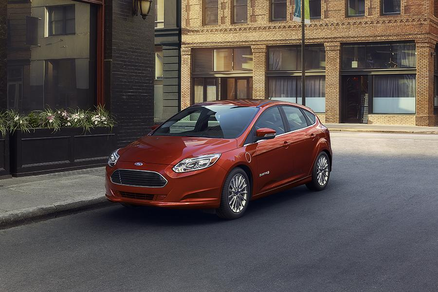 2015 Ford Focus Electric Photo 4 of 13