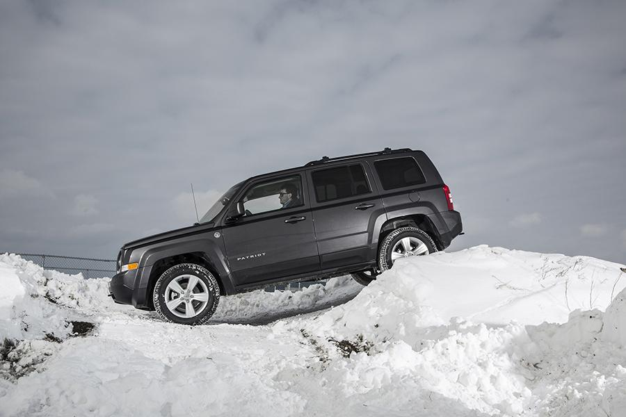 2015 Jeep Patriot Overview Cars