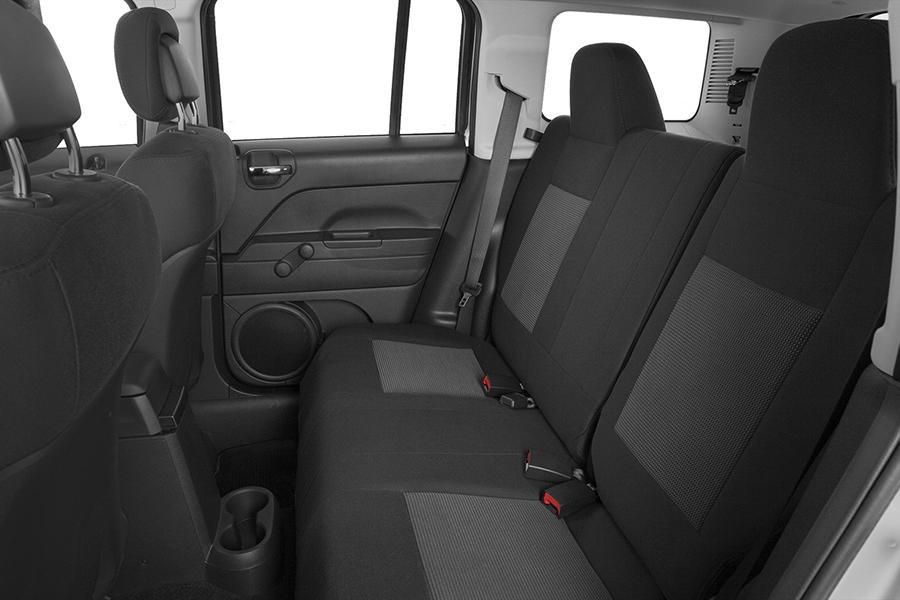 2015 Jeep Patriot Specs Pictures Trims Colors Cars Com