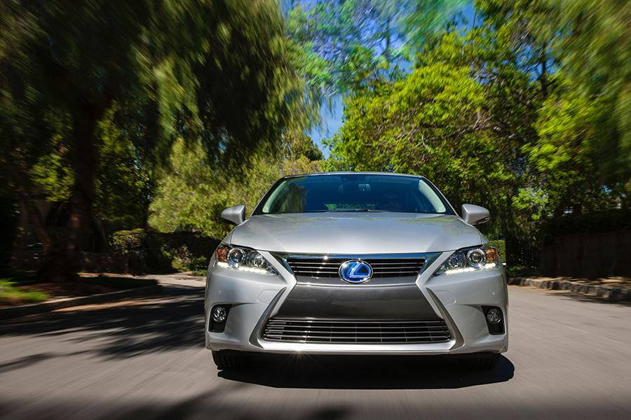 2015 lexus ct 200h reviews specs and prices. Black Bedroom Furniture Sets. Home Design Ideas