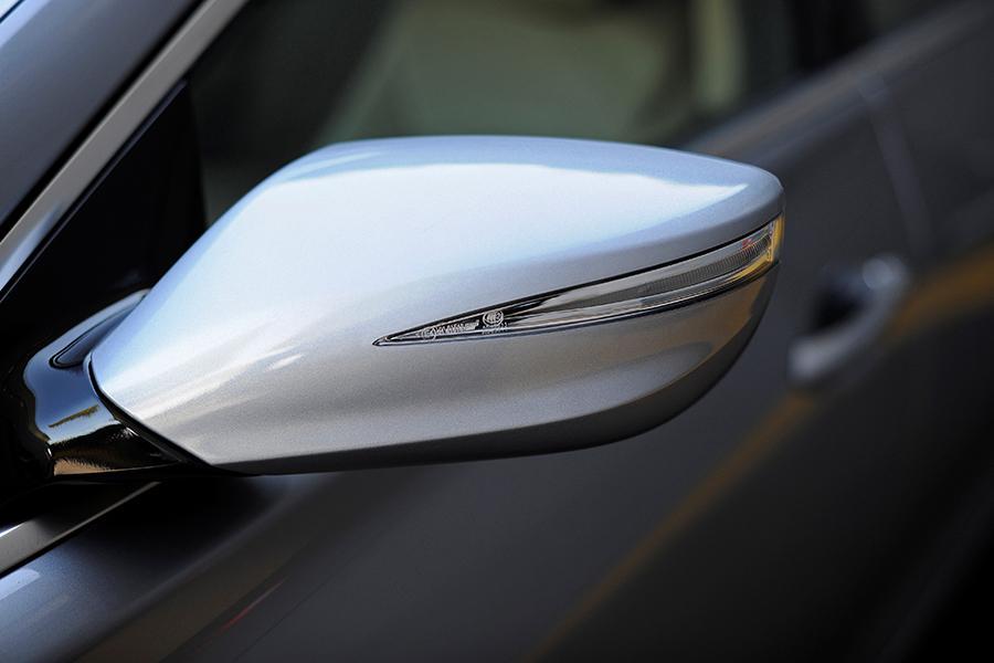 2015 Hyundai Azera Photo 4 of 20