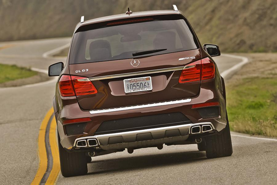 2015 mercedes benz gl class overview for Mercedes benz roadside assistance coverage
