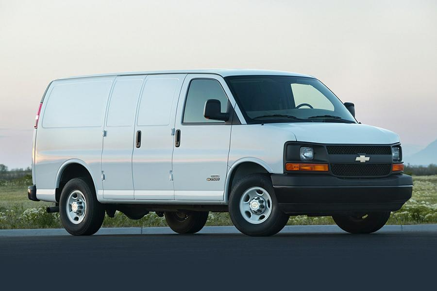 2015 Chevrolet Express 3500 Photo 1 of 13