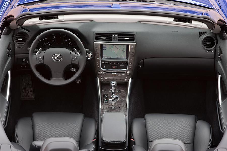 lexus 2015 sedan interior. lexus 2015 sedan interior