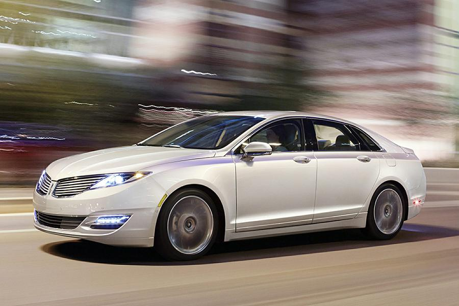 2015 Lincoln MKZ Hybrid Photo 5 of 17