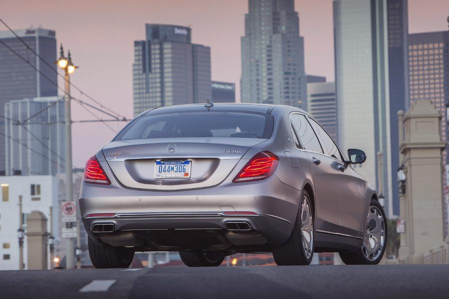 2016 Mercedes-Benz Maybach S Photo 5 of 19