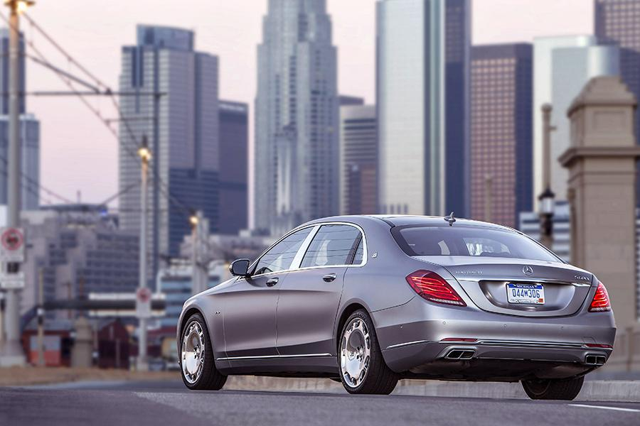 2016 Mercedes-Benz Maybach S Photo 4 of 19
