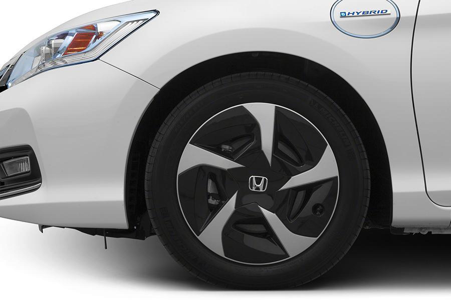 2014 Honda Accord Plug-In Hybrid Photo 4 of 14