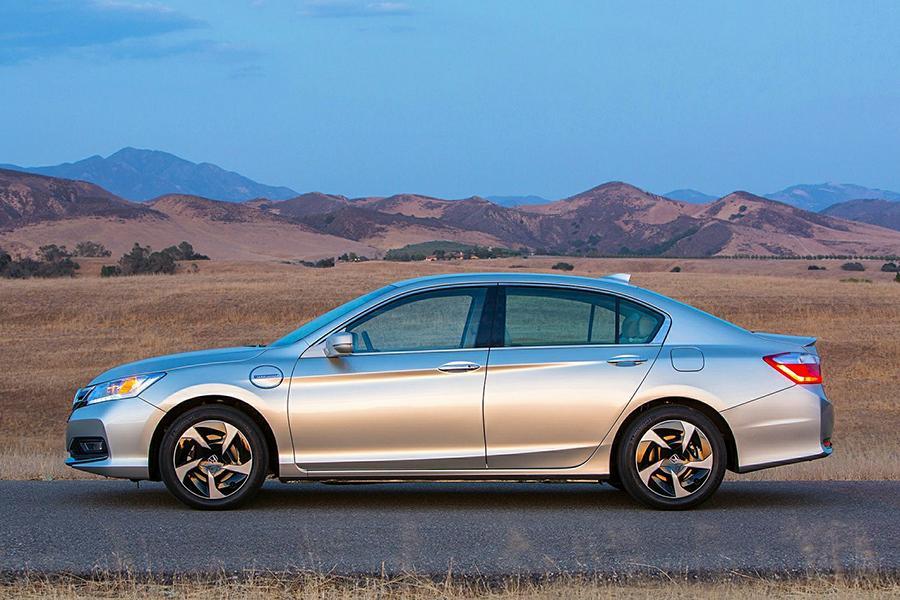 2014 Honda Accord Plug-In Hybrid Photo 6 of 14