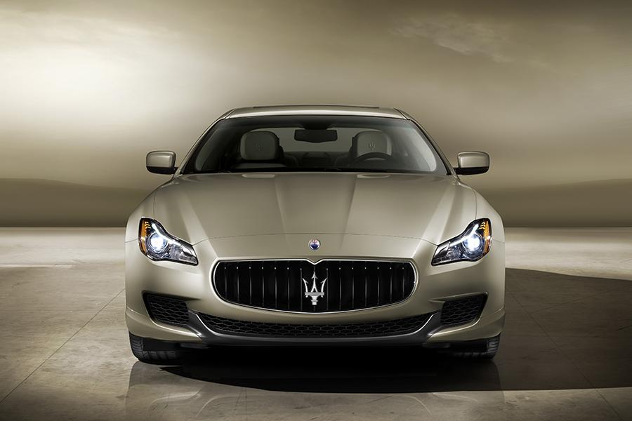 2015 Maserati Quattroporte Photo 4 of 8