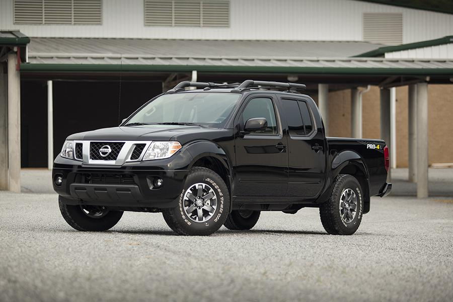 2015 Nissan Frontier Photo 1 of 12