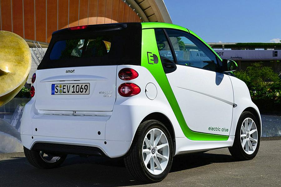2015 smart fortwo electric drive reviews specs and prices. Black Bedroom Furniture Sets. Home Design Ideas