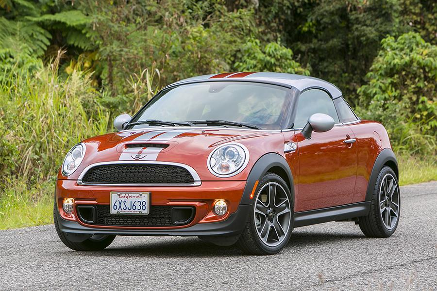 Mini Coupe Coupe Cars Com Overview Cars Com