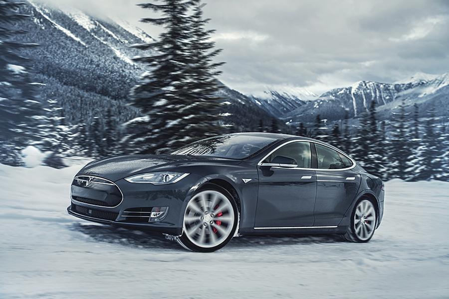 2015 Tesla Model S Photo 5 of 19