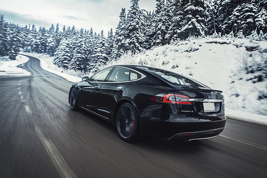 2015 Tesla Model S Photo 6 of 19