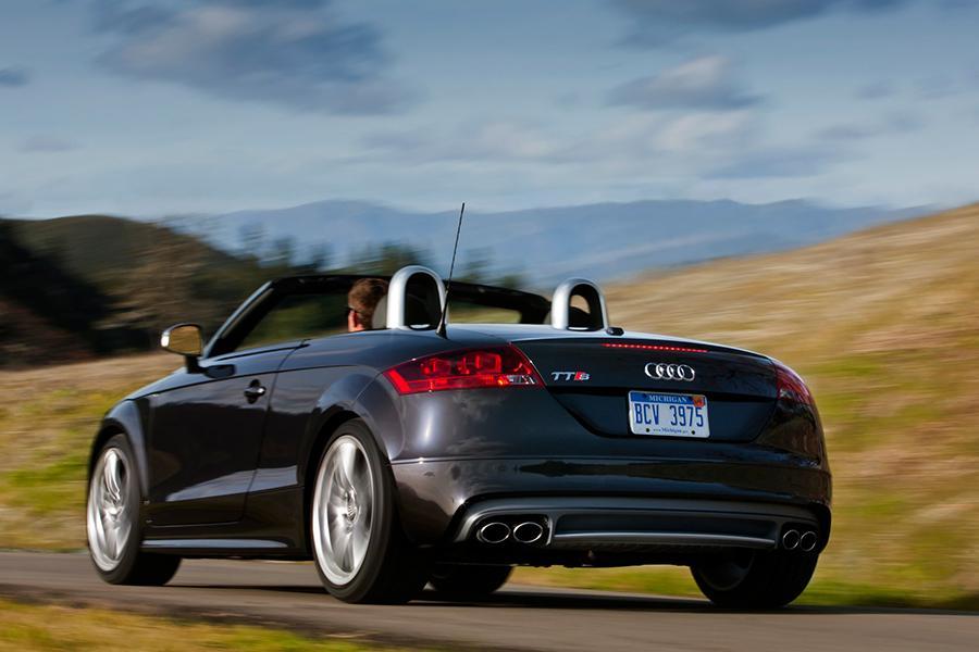2015 Audi TTS Photo 6 of 19