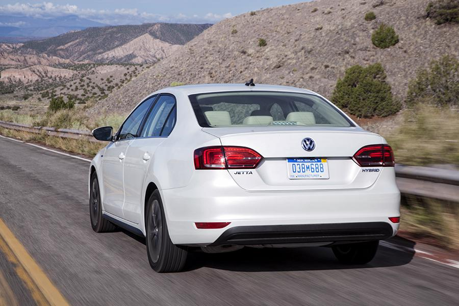 2015 Volkswagen Jetta Hybrid Photo 2 of 21