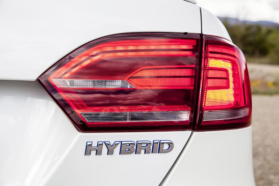 2015 Volkswagen Jetta Hybrid Photo 4 of 21