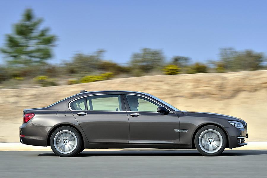 2014 BMW 760 Photo 4 of 13