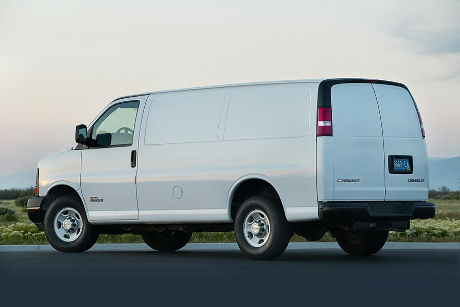 2014 Chevrolet Express 3500 Photo 5 of 13