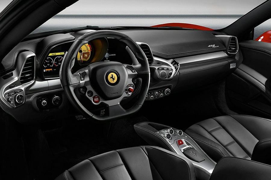 2015 Ferrari 458 Italia Photo 5 of 6