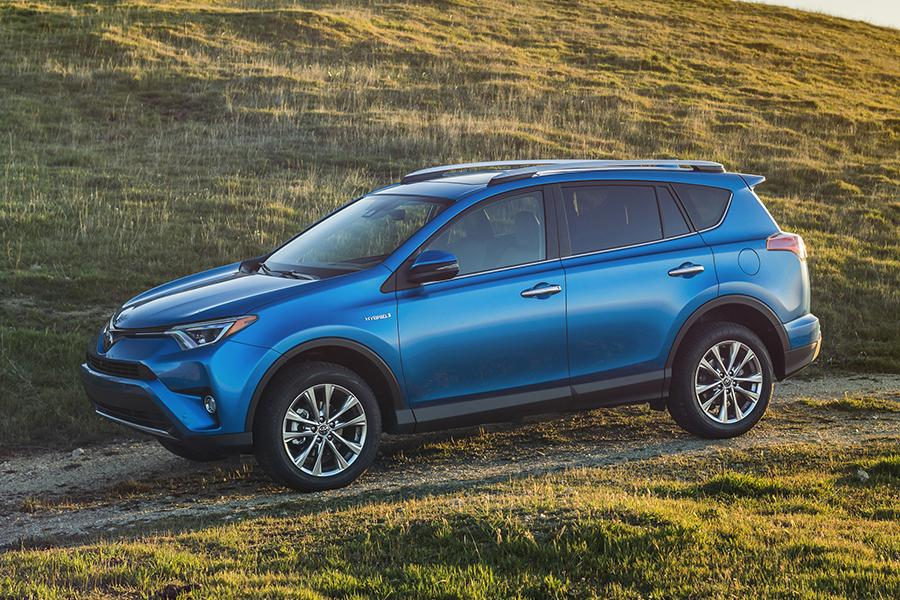 2016 toyota rav4 hybrid specs pictures trims colors. Black Bedroom Furniture Sets. Home Design Ideas
