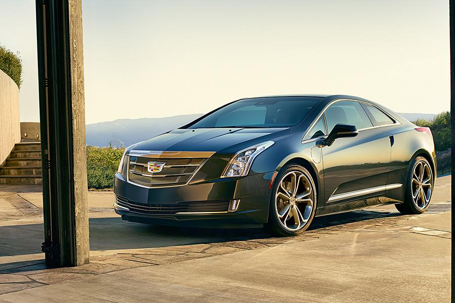 Cadillac ELR Coupe Models, Price, Specs, Reviews | Cars.com