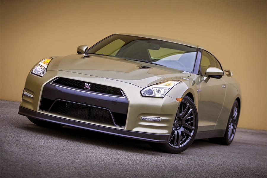 2016 nissan gt r reviews specs and prices. Black Bedroom Furniture Sets. Home Design Ideas