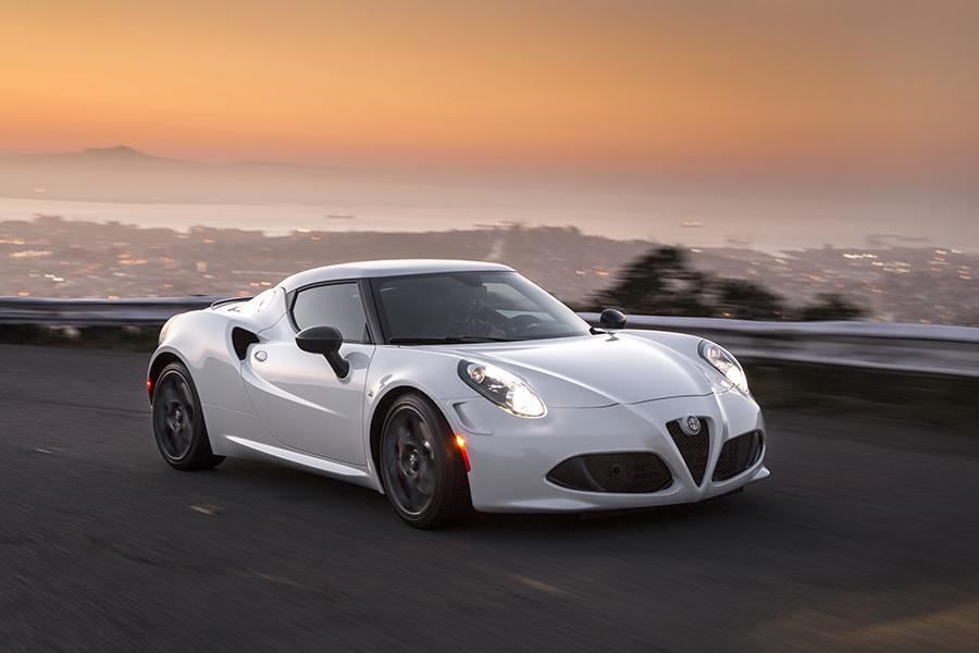 2015 Alfa Romeo 4c Overview Cars Com
