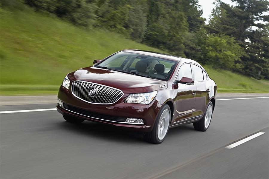 2016 Buick LaCrosse Photo 4 of 9