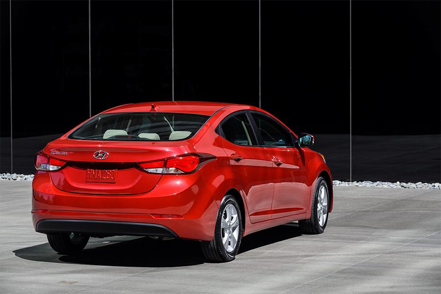 2016 hyundai elantra overview. Black Bedroom Furniture Sets. Home Design Ideas