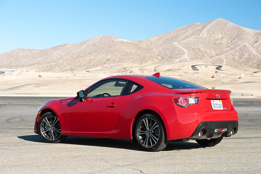 2016 Scion Fr S Reviews Specs And Prices Cars Com