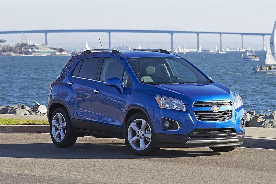 2016 chevrolet trax reviews specs and prices. Black Bedroom Furniture Sets. Home Design Ideas