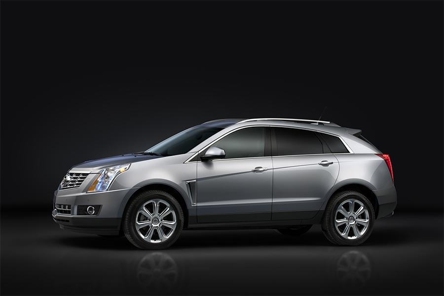 2016 Cadillac SRX Photo 2 of 5