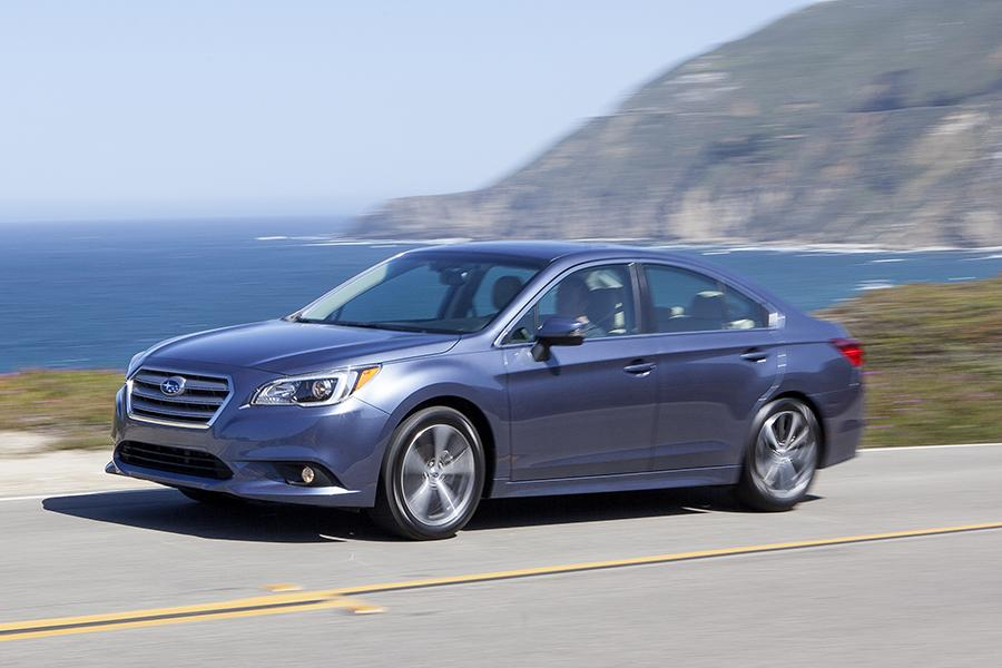 2016 subaru legacy reviews specs and prices. Black Bedroom Furniture Sets. Home Design Ideas