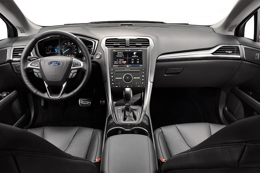 2016 Ford Fusion Specs Pictures Trims Colors Cars Com