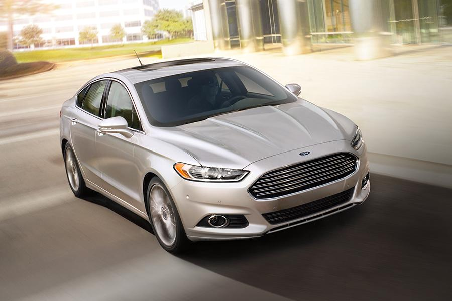 2016 ford fusion overview. Black Bedroom Furniture Sets. Home Design Ideas