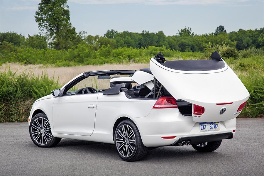 2016 Volkswagen Eos Komfort Convertible Review & Ratings | Edmunds