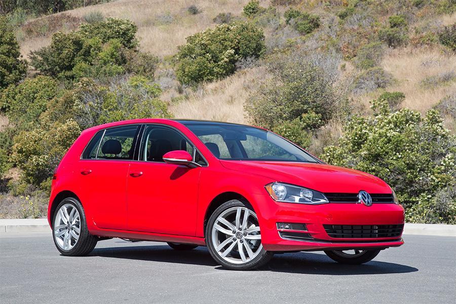 2016 Volkswagen Golf Photo 1 of 16