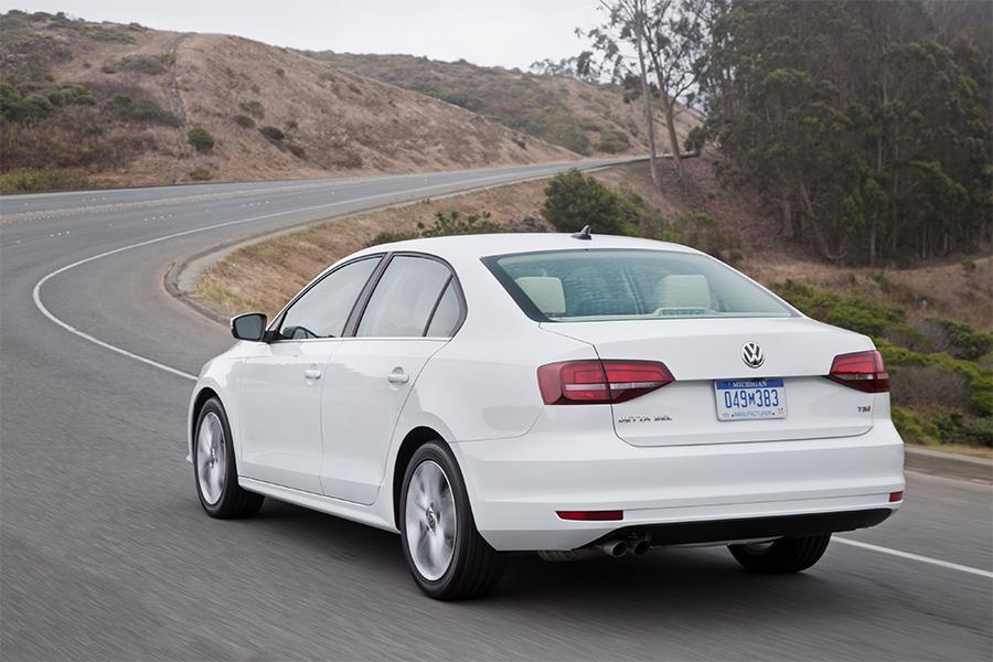 2016 Volkswagen Jetta Overview Cars Com