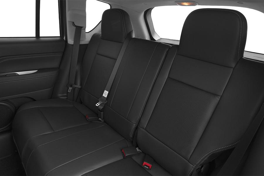 2016 Jeep Compass Photo 6 of 13