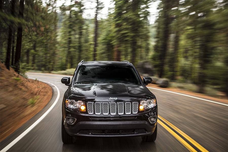 2016 Jeep Compass Photo 2 of 13