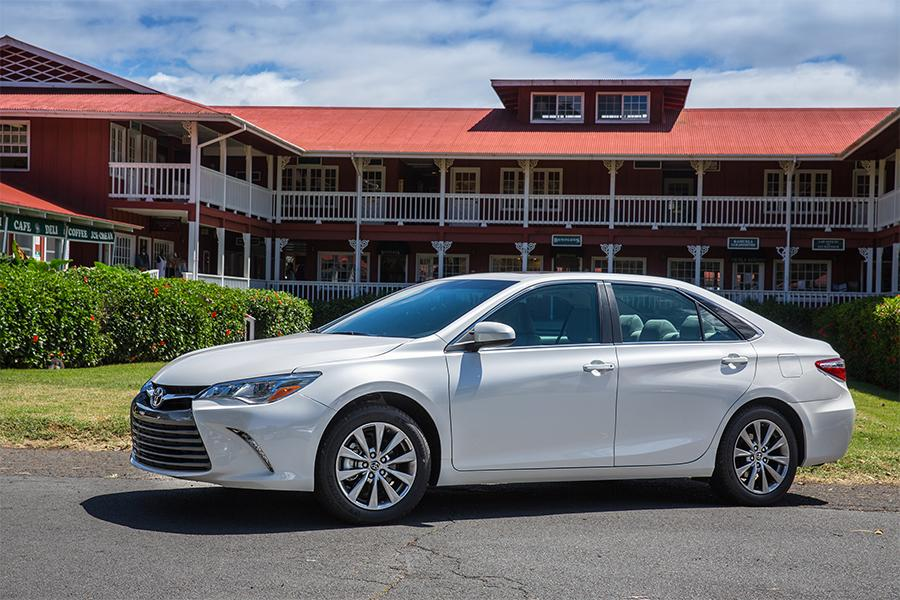 toyota camry 2016 le. 2016 toyota camry photo 5 of 12 le