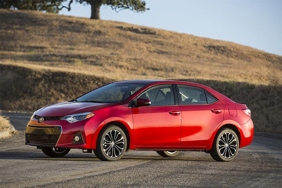 2016 Toyota Corolla Overview  Carscom