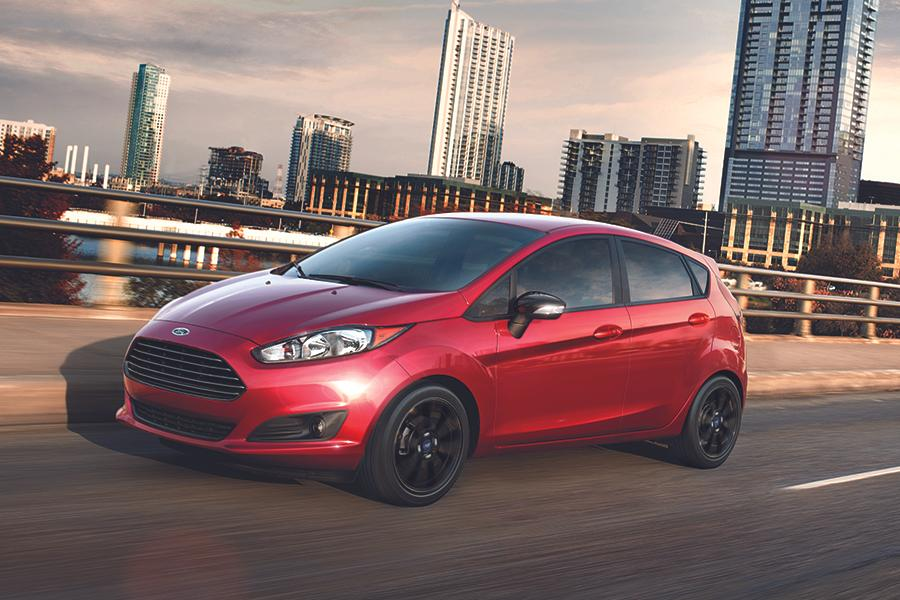2016 ford fiesta overview. Black Bedroom Furniture Sets. Home Design Ideas