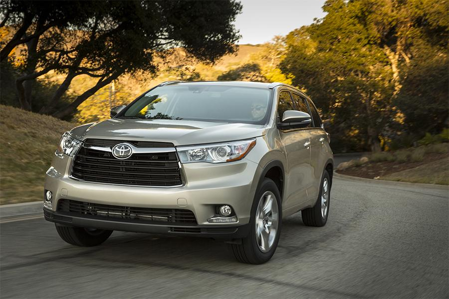 Chevy Suv For Sale >> 2016 Toyota Highlander Reviews, Specs and Prices | Cars.com