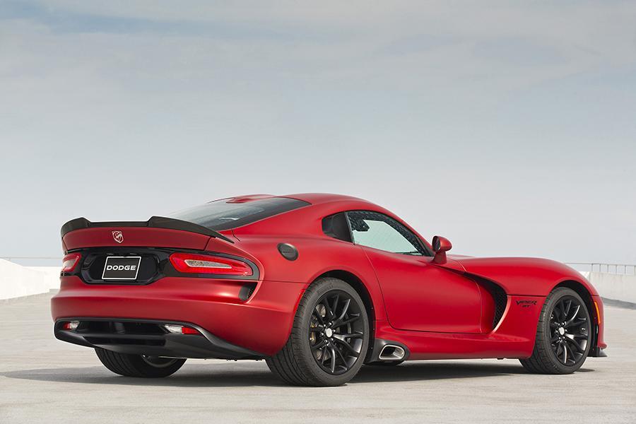 Dodge SRT Viper Coupe Models, Price, Specs, Reviews | Cars.com