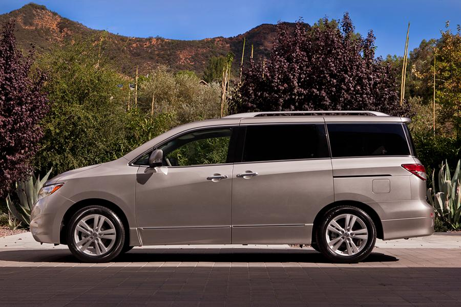 2016 nissan quest reviews specs and prices. Black Bedroom Furniture Sets. Home Design Ideas